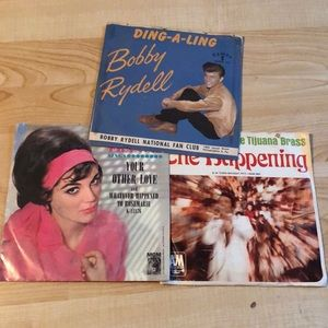 Other - Vinyl 45s lot of 3